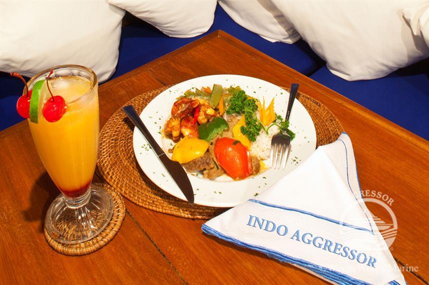 Indo Agressor - Liveaboard Indonesia (35)