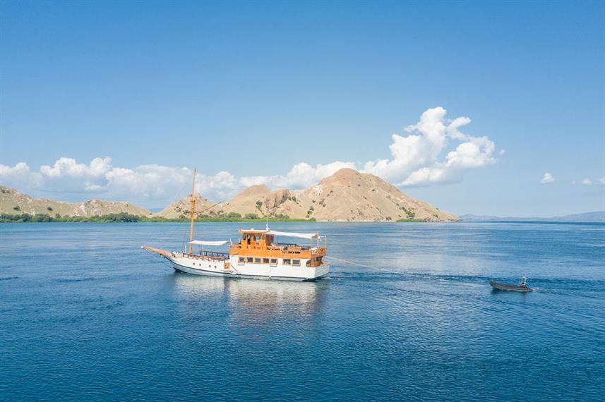Kelana Liveaboard Boat Indonesia - Liveaboard Indonesia (1)