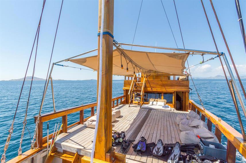 Kelana Liveaboard Boat Indonesia - Liveaboard Indonesia (16)