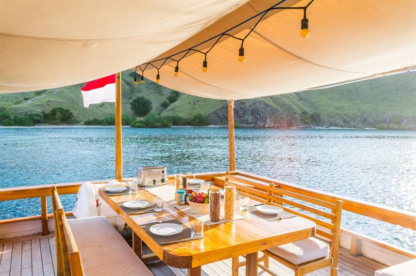 Kelana Liveaboard Boat Indonesia - Liveaboard Indonesia (28)