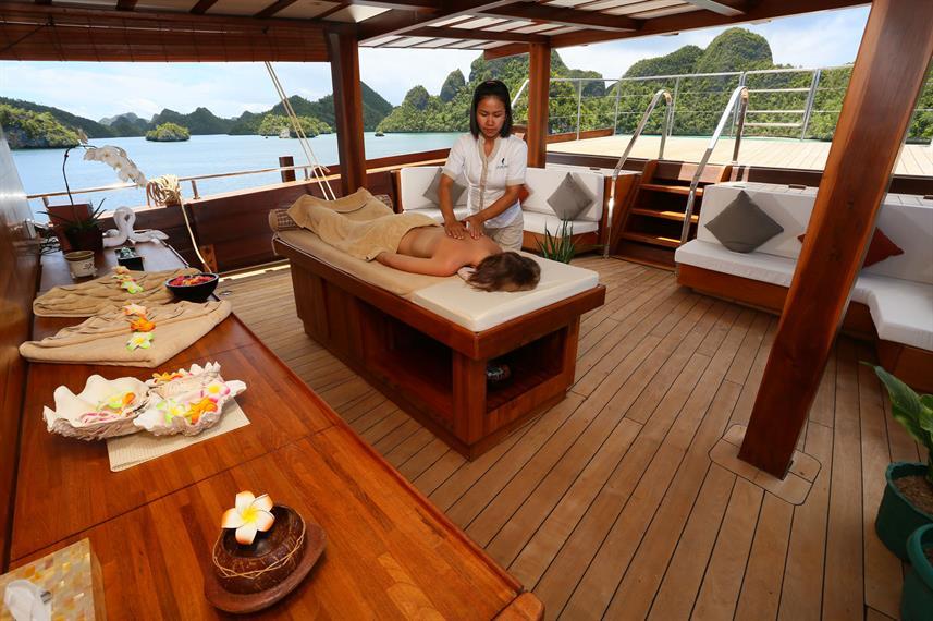 Lamima Liveaboard Boat - Liveaboard Indonesia (18)
