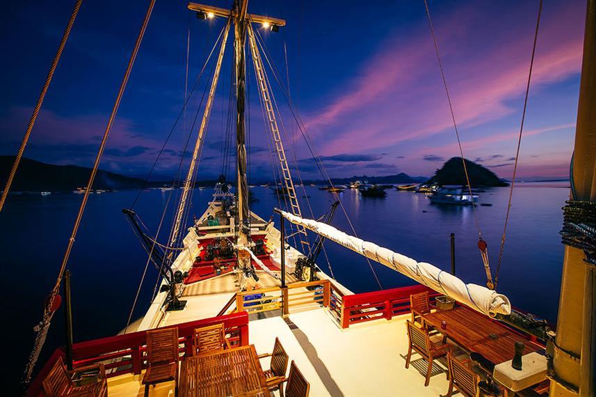 Seven Seas - Liveaboard Indonesia (27)