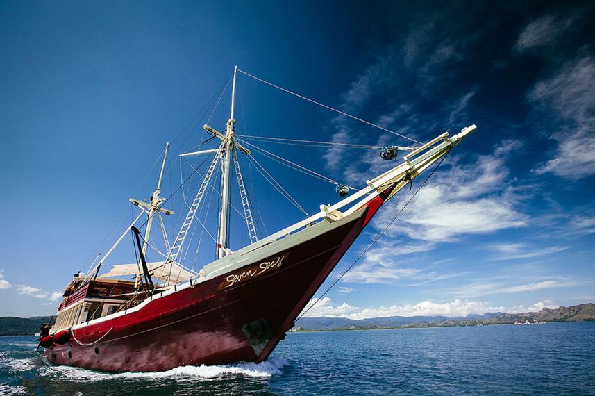 Seven Seas - Liveaboard Indonesia (3)