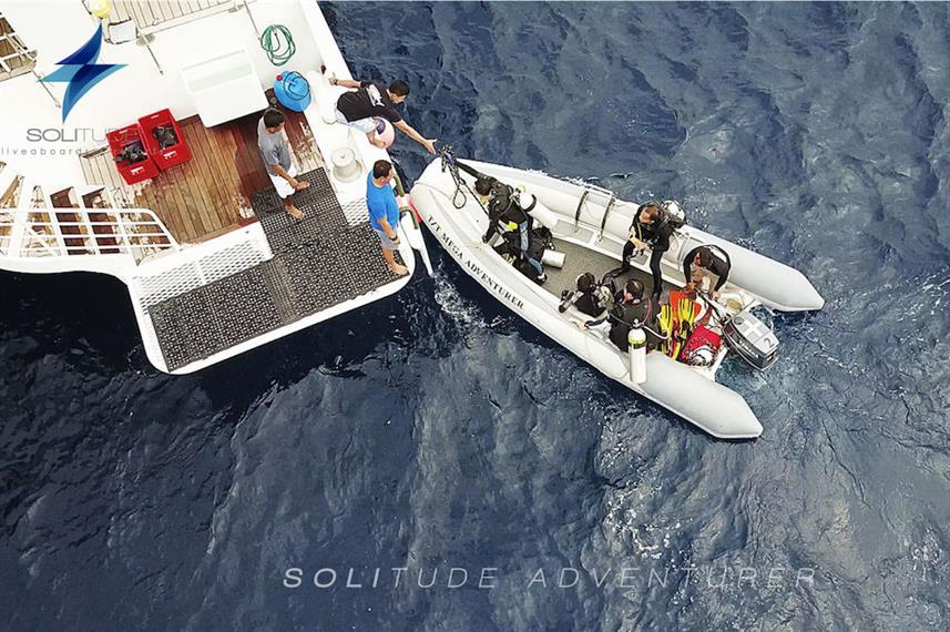 Solitude Adventurer - Liveaboard Indonesia (12)