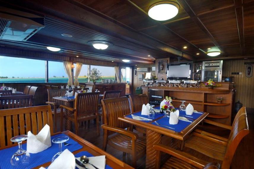 Sea Safari VI - Liveaboard Indonesia (14)