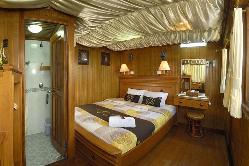 Sea Safari VI - Liveaboard Indonesia (3)