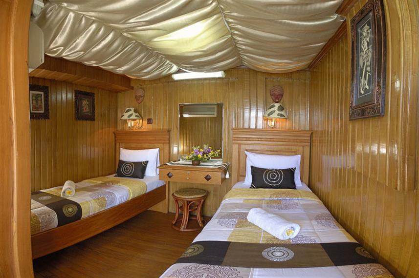 Sea Safari VI - Liveaboard Indonesia (6)