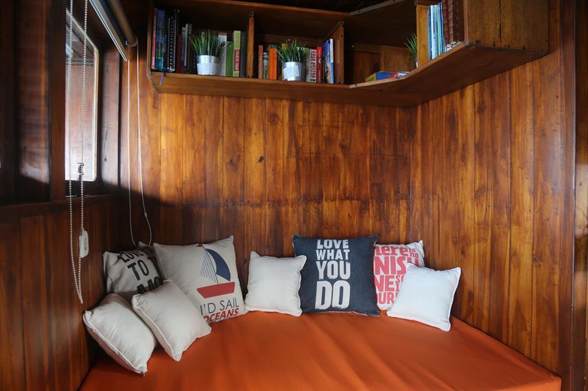 lounge_reading_nookw857h570crwidth857crheight570